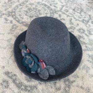 Tarnish Cotton Hat with Flower